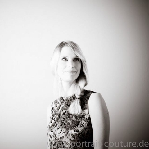My beautiful friend Franzi #portraits #beforeandafter #portraits #düsseldorf #studio #portraitcoutureduesseldorf