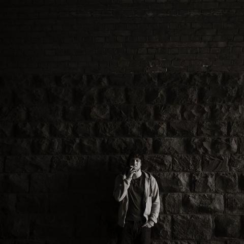 Gabriel Strack, Singer & Songwriter, meerbusch 2013 #gabrielstrack #singersongwriter #sooooschön #anhören #portraits #blackandwhite #portraitcoutureduesseldorf #musikerportrait #artist #ingajockel #bw #filmisnotdead
