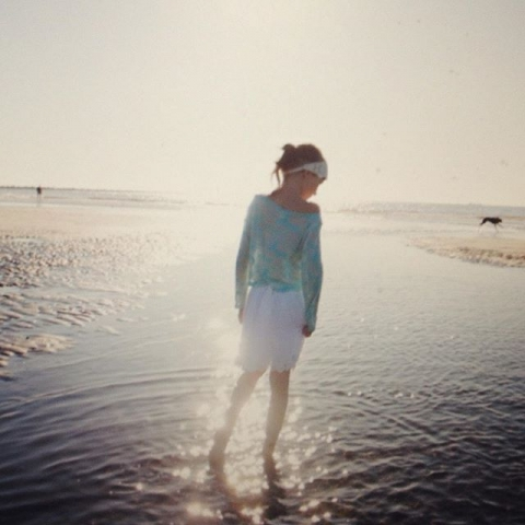 Portraits am Strand #Meer #lifeisbetteratthebeach #beach #portraits #caro #yolo #nordsee #holland