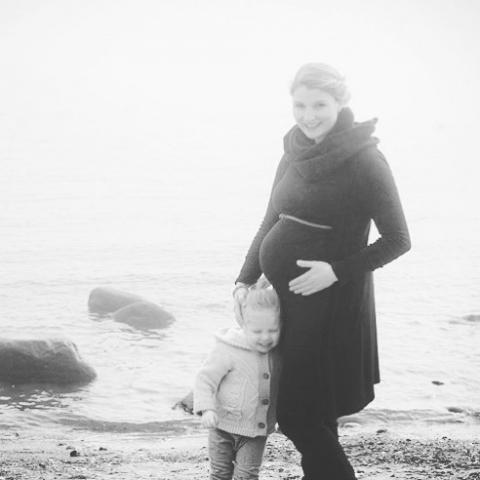 Schon sooooo lange her #dickbauch #happines #mamablogger #mama #schwanger #fotograf #neugeborenenfotografie #momoftwo #sweetpaul #groemitz