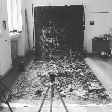 Vorbereitung zum Tag des offenen Ateliers. Sonntag ab 12.00 Uhr in Rheinhausen. Schwarzenberger Straße 147, DuisburgKommt uns besuchen! ......#duisburg #art #kunst #oderkanndasweg #dreckeckenefettecke #photoart #germanart #artist #artofinstagram #wordporn